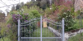 cancello lillà